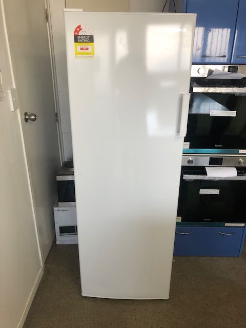 Freezer Upright - Daewoo 245 L Freezer